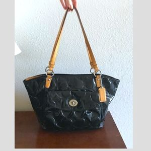 Coach Leah signature black patent leather zip tote